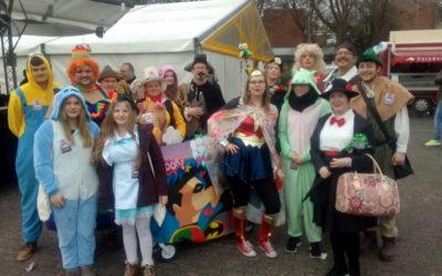 Karnevalsparade in Paderborn – Held*innen gesucht